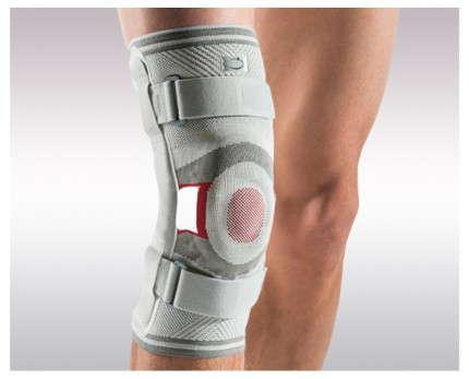 Elastic knee brace DYNAMIC with lateral metal reinforcements