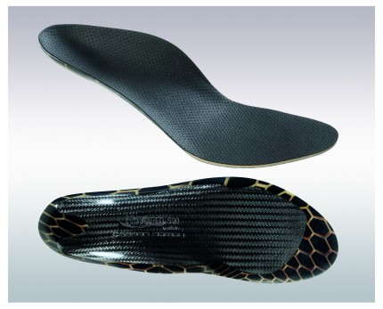 Carbon fiber shoe inserts for bicyclists