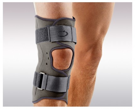 Knee brace Protect Active with lateral metal supports