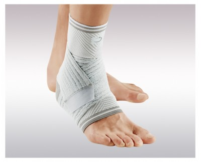 Elastic ankle bandage  DYNAMIC with extra tapes