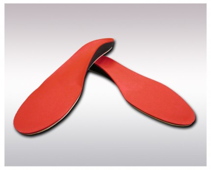 Individual insoles for sports with carbon fiber