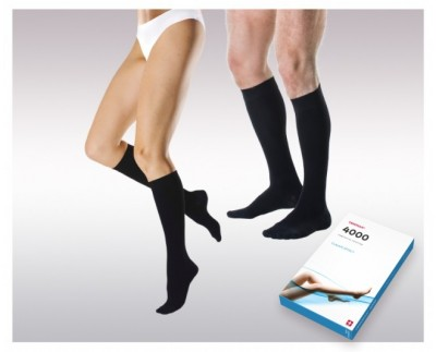 Knee-high elastic compression socks ( Ccl.I)